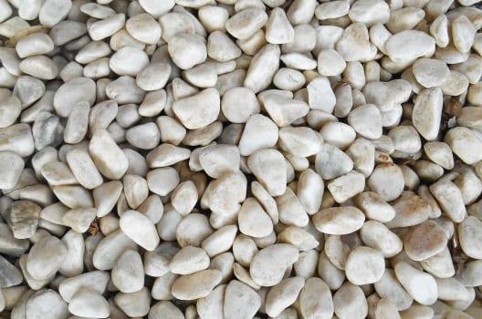 駐車場に敷くことができる砂利の種類